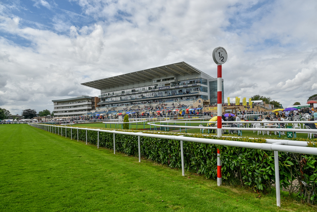 horse racing event photography